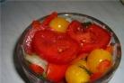 Салат с маринованными помидорами