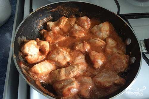 Индейка в томатно-сметанном соусе