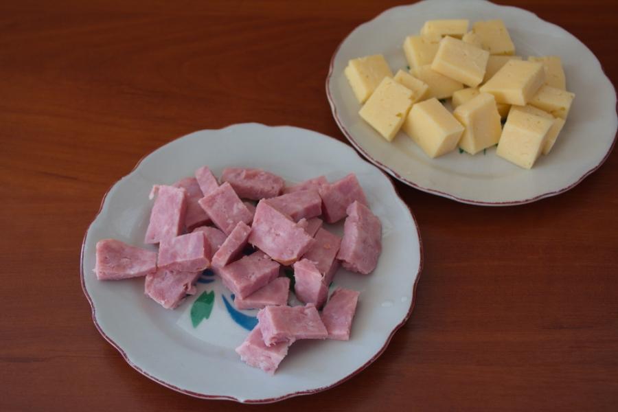 Канапе с ветчиной и сыром