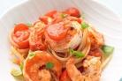 Паcта с креветками, помидором и базиликом