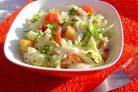 Салат из пекинской капусты и сухариков