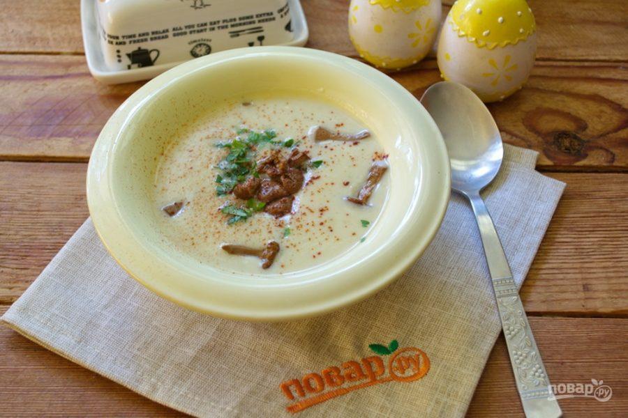 Крем-суп из кабачков с лисичками