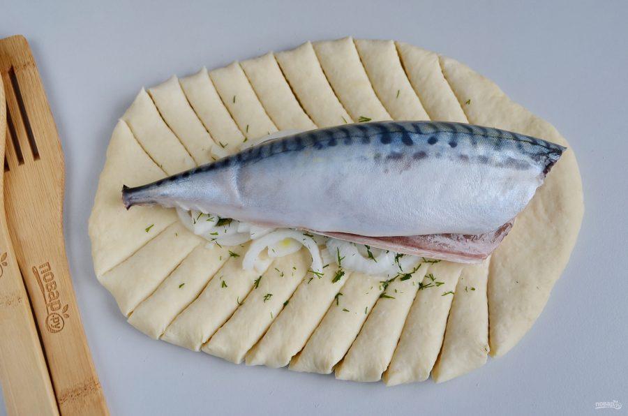Приготовление пирога с рыбой