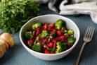 Салат из свеклы и брокколи