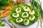 Яйца фаршированные творогом и зеленью