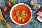 Томатный суп с рисом и фрикадельками