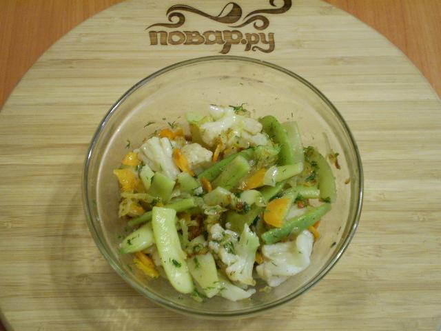 Салат из цветной капусты с зеленой фасолью
