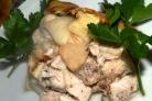 Куриное филе с яблоками в духовке
