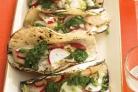 Лепешки с рыбой, сальсой и редисом