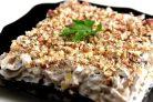 Салат ореховый с кальмарами