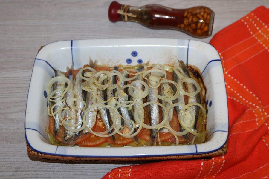 Мойва с картошкой в духовке