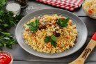 Рис с квашеной капустой и мясом