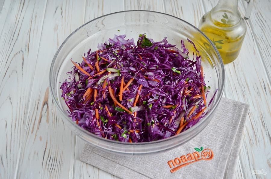 Очищающий салат из красной капусты