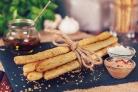 Хлебные палочки без дрожжей