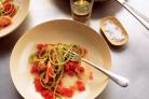 Паста с лососем и томатным соусом