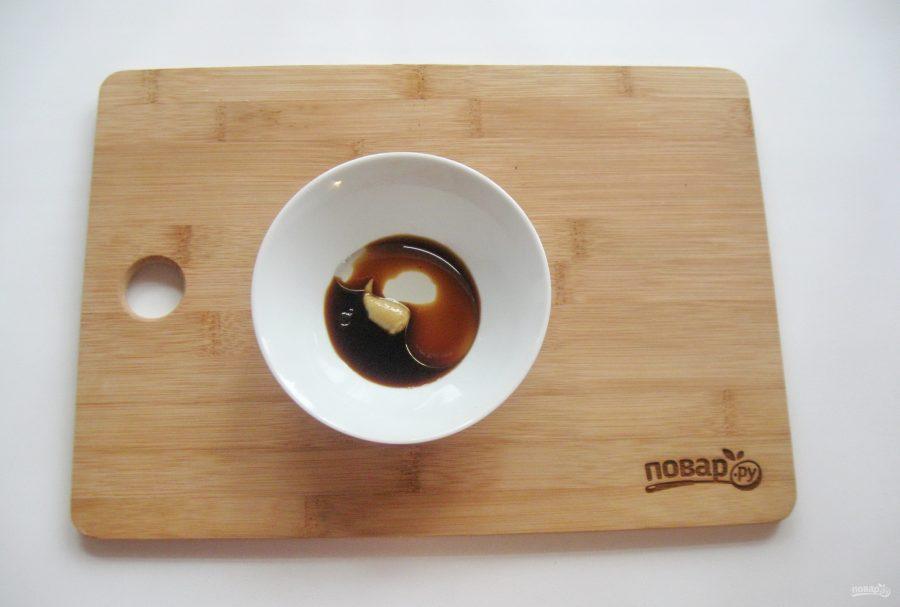 Теплый салат из шампиньонов с топинамбуром