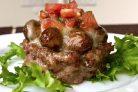 Мясные корзиночки с грибами под горячим сыром