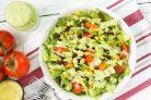 Быстрый салат с овощами и фасолью