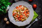 Салат с мидиями и фасолью