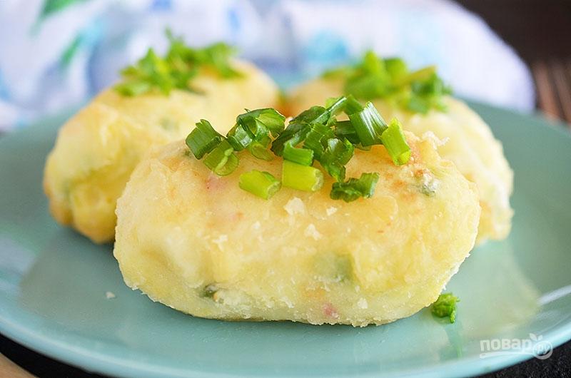 Картофельные палочки с сыром и беконом
