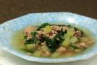 Суп со свининой, шпинатом и чейотом