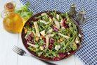 Салат с сыром с плесенью и грушей