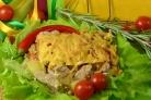 Свинина с овощами под соусом Бешамель