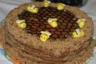 Медовик Пчелка