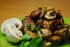 Жареная свинина с грибами