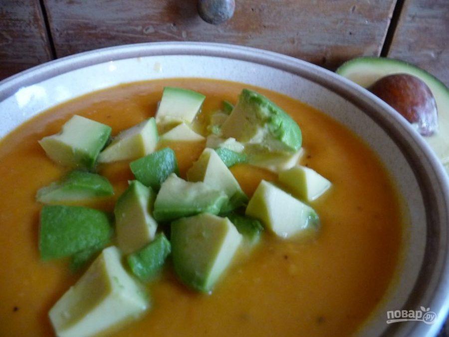 Суп-пюре из картофеля с авокадо