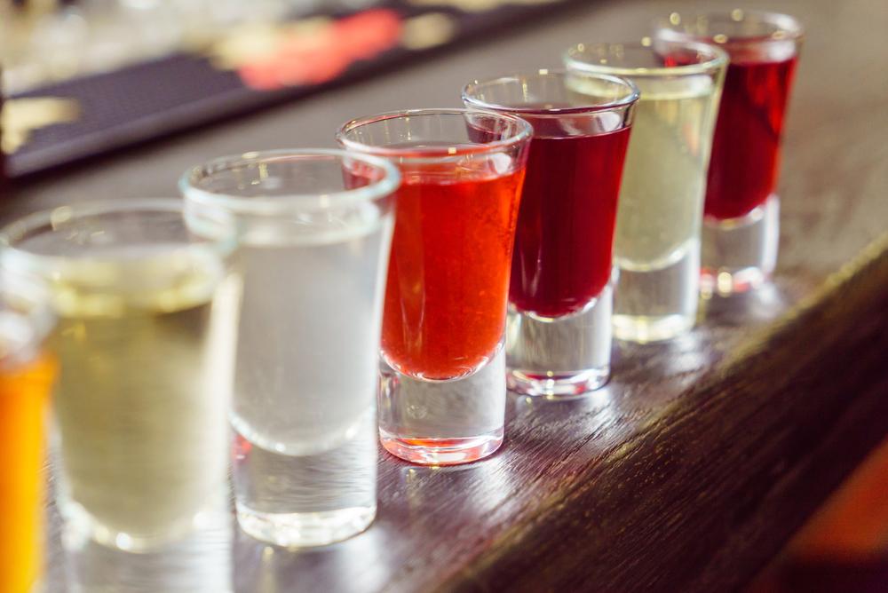 Рюмочки с алкоголем