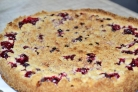 Песочный пирог с брусникой