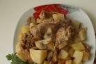 Кролик с картофелем в мультиварке