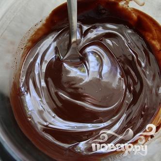 Шоколадный кекс со сливочной глазурью