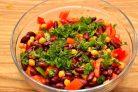 Салат с нутом и фасолью