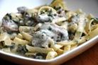 Брокколи с грибами в сливочном соусе