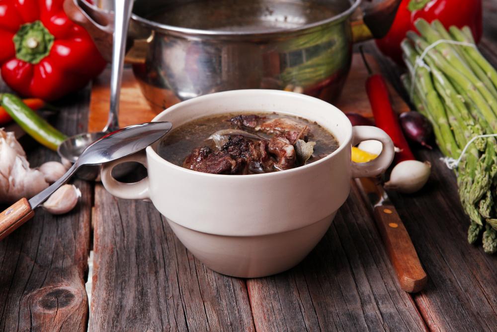 Жирный мясной суп