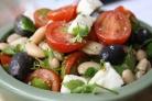 Салат греческий с фасолью