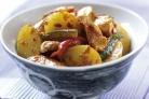 Картошка со свининой на сковороде