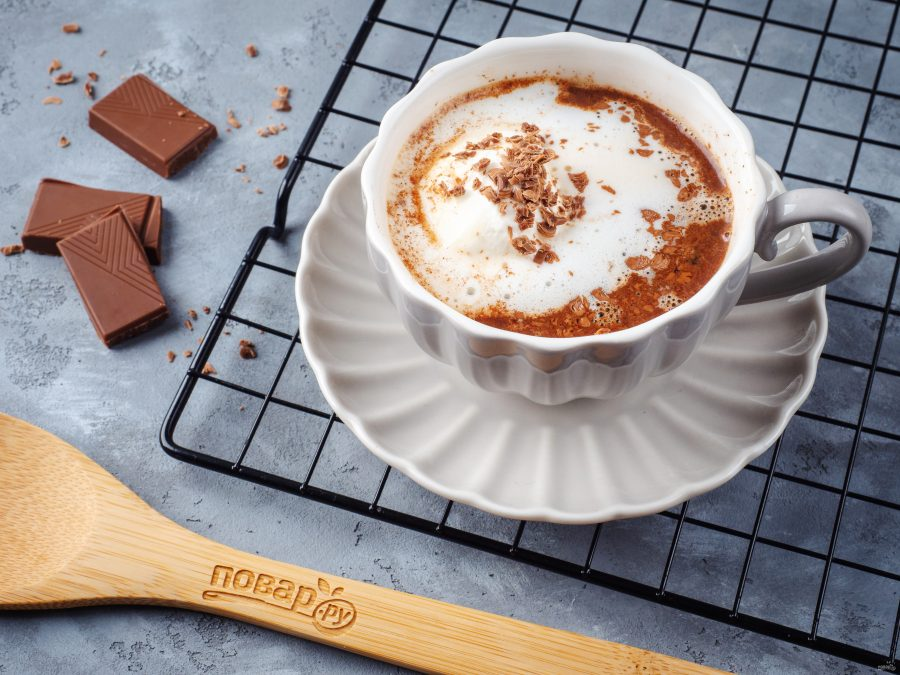 Шоколадный кофе с мороженым
