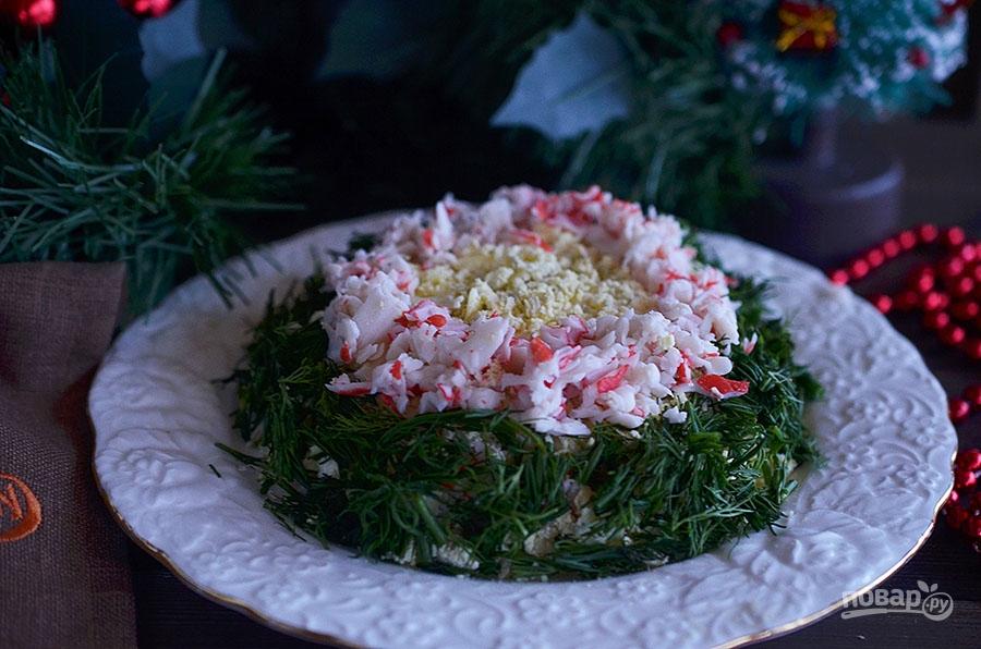 """Салат """"Нежный"""" с крабовыми палочками и сыром"""
