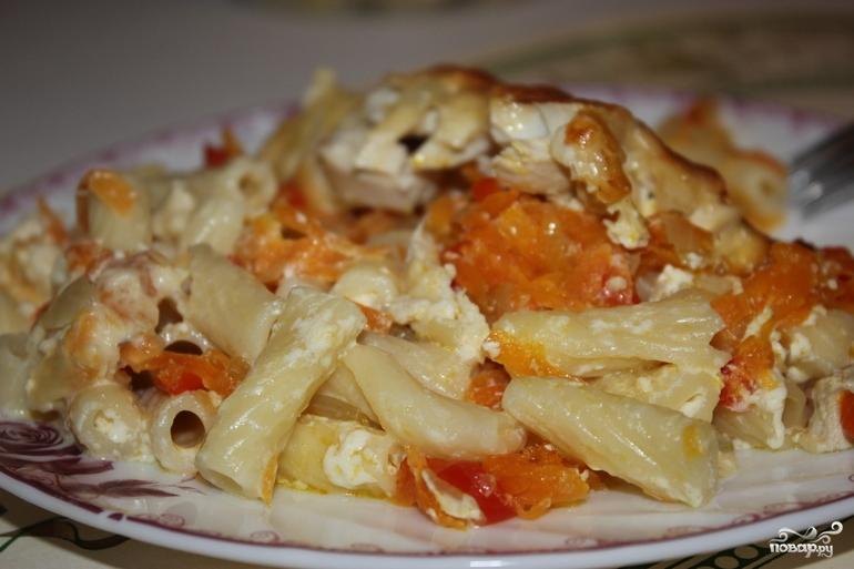 Макароны в духовке с курицей и сыром фото
