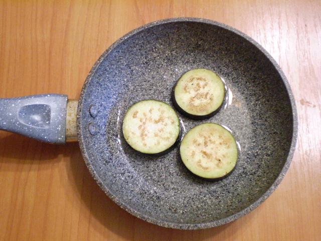 Баклажаны, жаренные на сковороде