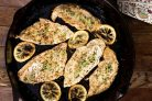 Индейка кусками на сковороде: сколько времени готовится филе? Как вкусно пожарить индейку с луком? Лучшие рецепты приготовления || Жареная индейка