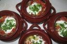 Рагу с мясом и стручковой фасолью в горшочке