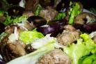 Салат с виноградом и куриной печенью