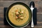 Гороховый суп-пюре с сухариками