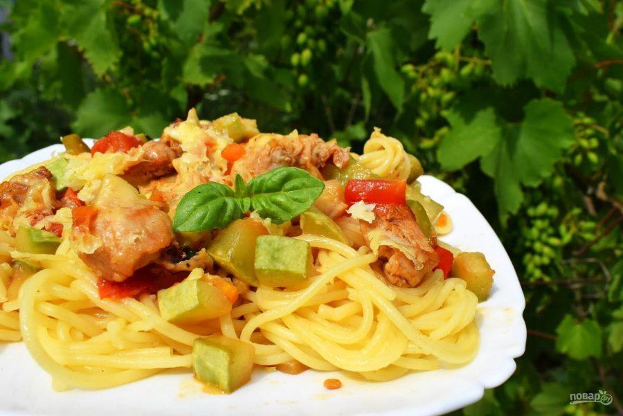 Спагетти с курицей картинки