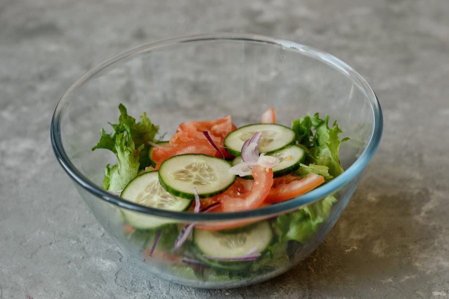 Овощной салат с йогуртом