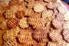 Сырные чипсы в вафельнице